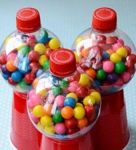 Cajas con botellas recicladas (3)