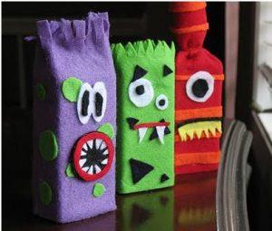 Títeres de monstruos para la sala (5)