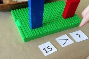 Juegos matemáticos con materiales de la sala